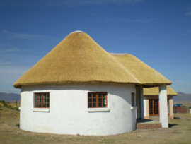 Thatched Lodge, Eastern Cape thatching project